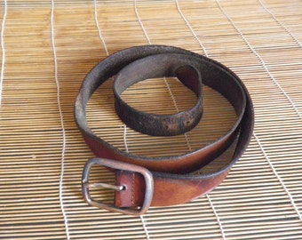 "Vintage Beat Up Brown Leather Belt Fits from 41"" to 45"" Metal Buckle"