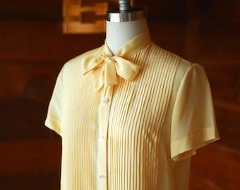 vintage Bergdorf Goodman silk blouse / size small medium