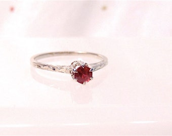 Vintage 14k Ruby Red Gemstone Solitaire Filigree Engagement Ring