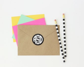 Personalized Round Monogram Stickers Custom Kids Name Labels Monogram Envelope Seal Personalized School Supplies Stickers Notebook Labels