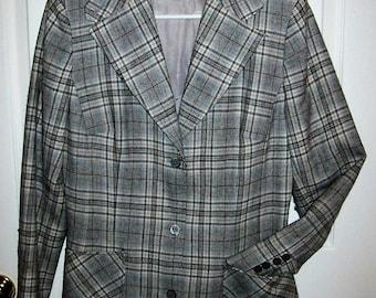 Vintage 1960s Ladies Gray Plaid Wool Blazer by Pendleton Size 14 Runs Small Only 10 USD