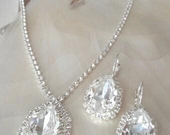 Swarovski crystal jewelry set- Brides jewelry set - Clear sparkling crystals - Stunning - Wedding jewelry set ~ Bridal jewelry set ~ SOPHIA