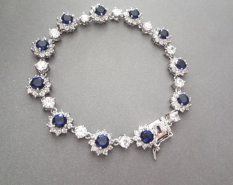 Blue sapphire bracelet - Cubic Zirconia's - Halo - High quality - Something blue - Brides bracelet - Septembers birthstone - Gift - KATE