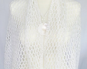 Bridal crocheted stole, white, airy, light, elegant, classic wedding accessories shawl MADE TO ORDER