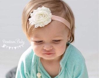 Peach Baby Bow. Newborn Headband.  Peach Baby Headband.  Baby Bow. Peach Newborn Headband.  Peach Flower Girl.