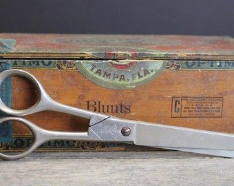 "Vintage Mid Century Scissors // 7"" Rounded Tips"