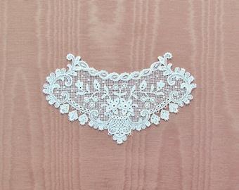 Antique lace applique, c.1900 white lace bodice embellishment, Victorian lace motif, wedding dress applique