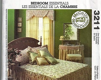 Bedroom Essentials / Original McCall's Home Decorating Uncut Sewing Pattern 3211
