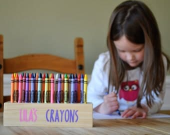 Personalized wooden crayon holder