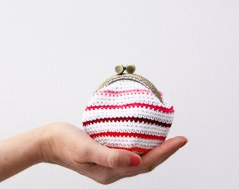 Crochet coin purse, red mix stripes, striped coin purse, kiss lock coin purse, the Red Mix Keeper, in mix red and white
