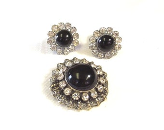 Vintage Jewelry Brooch and Earring Set - Black Cabochon Rhinestone Jewelry - Retro Costume Brooch and Earrings