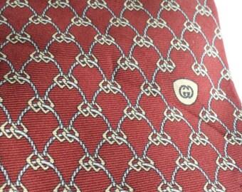 GUCCI Necktie Tie Maroon Geometric Print Luxurious Designer Dapper Italian Silk Vintage Mens Accessories