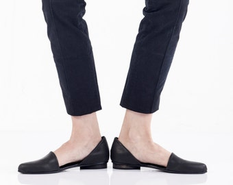 Flat leather shoes , Black Leather Sandals , Comfortable shoes , Great gift for mom , Leather Walking shoes