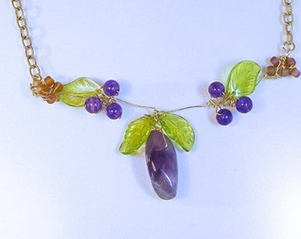 PLUM TREE GOLD Necklace