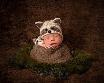 Newborn Raccoon Hat Photography Prop, Knitted, MADE TO ORDER