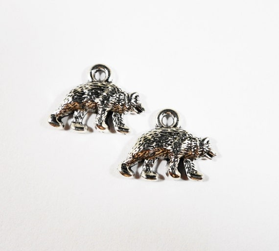 Grizzly Bear Charms 15x11mm Antique Silver Bear Charms, Polar Bear Charms, Small Bear Pendants, Animal Charms, Metal Charms, 10pcs