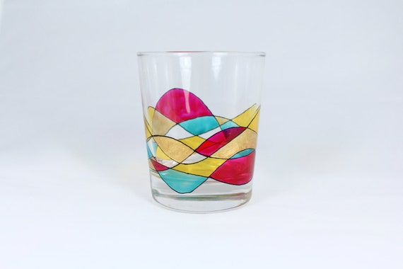 Hand painted water whisky drinking glass with swirl design in for Hand painted drinking glasses