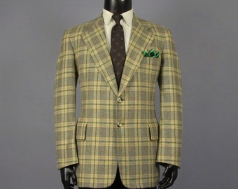 Plaid Sport Coat -- Mens' Vintage 1970s Cream, Green, & Brown Tweedy Plaid Wool -- Mens Size 40/41