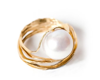 PEARL ENGAGEMENT RING - Oyster ring - Pearl engagement ring - 18k yellow gold and cultured pearl ring