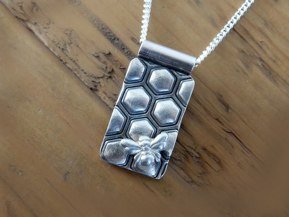 Honeycomb and Bee Necklace, Silver Honey Bee Necklace, Silver Bee Pendant, Bee Necklace, Bee Jewellery,  Honeycomb and Bee Necklace, Bees
