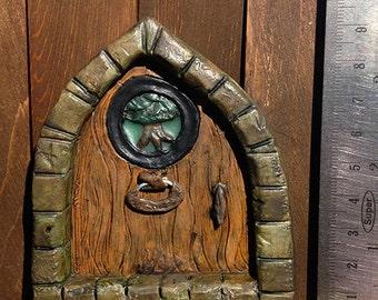Fairy Door with Tree Design and Knocker