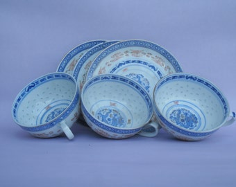Three  pairs of Imperial  Chinese porcelain cups with saucers.