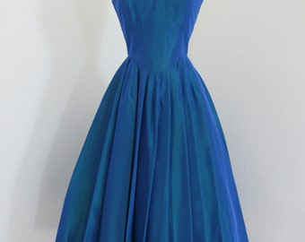 """Early 1960s Royal Blue Iridescent Taffeta Party Dress with """"V"""" Neckline and Back"""