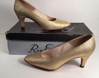 1960s Gold Lurex Heels by Ron Evan Designer Shoes -- Original Box Included