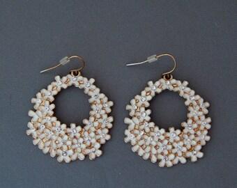 White Enamel Rhinestone Flower Earrings, White Floral Cluster Earrings, White Earrings, Wedding Jewelry, Bridal Earrings
