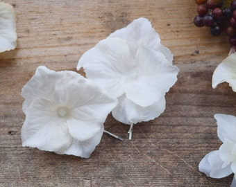 White Flower Hair Pins, bobby pin set, bridal hair clips, wedding flower pins, white flower bobby pins, white bridal flowers - SNOW