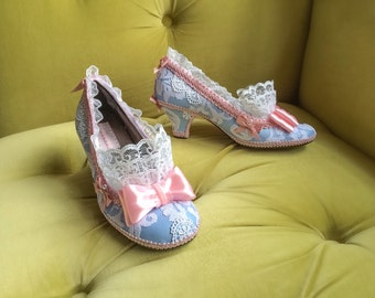 Marie Antoinette Costume Shoes Heels Rococo Baroque Fantasy Pumps Baby Blue Pink Bows Snow White Lace Ruffle Wedding Prom Party Cosplay Heel