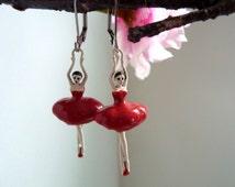 boucles d'oreilles ballerine,,  red  earring, ballerina earring, , boho chic earring,, boucles d'oreilles rouges, bijouxgeisha earring