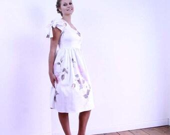V cut dress, knee length floral dress,  office wear, office dress, short sleeve dress