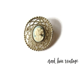 Blue Cameo Brooch Pendant Pin Sarah Coventry Costume Jewelry Collectible Vintage Edwardian Victorian