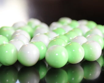 40 round green and white, glass beads, baking painted round, 10 mm, 1.3 - 1.6 mm hole