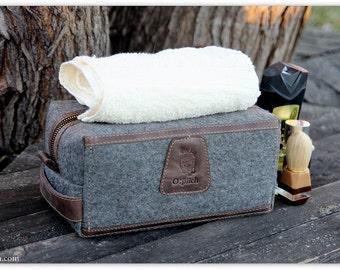 Felt men's shaving bag / Father's day gift / Men's toiletry bag/ Dopp Kit/Groomsmen Gift /Felt & Genuine waxed leather/ FREE PERSONALIZATION