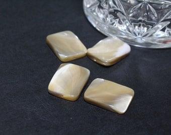 Mother of Pearl Rectangles Dulce de Leche Color Creme Caramel 15x20mm 4pcs