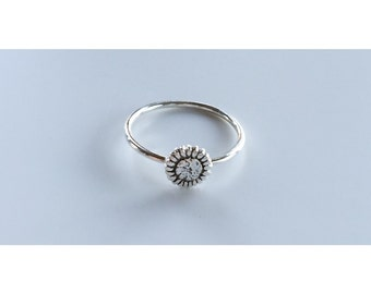 Small Sunflower Ring - Sterling Silver, sunflower, silver ring, stacking ring, flower ring