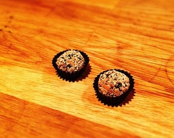 Dark chocolate truffles: box with 10