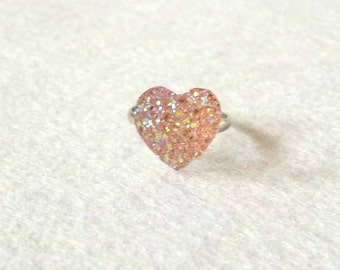 Heart Ring, Kawaii Ring, Plastic Ring, Plastic Heart, Kitsch Ring, Heart Cabochon, Sparkling Ring, Glitter Ring, Glitter Heart Ring