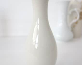 "custom order - vase ""Chitins Gloss"" vintage porcelain handpainted with ants"