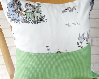 The Twits pocket pillow, The Twits pocket cushion, The Twits book pillow, The Twits reading cushion, The Twits reading pillow, The Twits