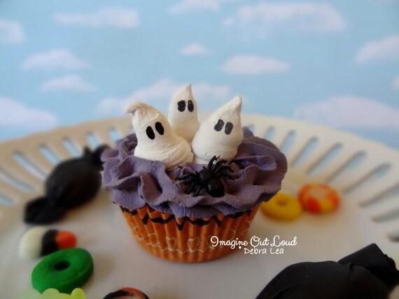 Fake Cupcake Halloween Ghost Trio Purple Spider Trick or Treat  Display Decor