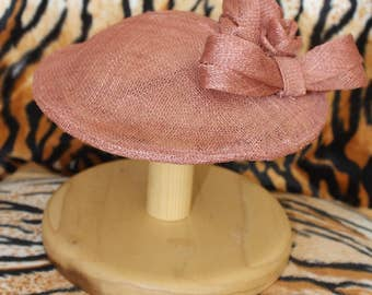 Dusky Rose Sinamay Hat with Rose and Bow Detail Retro Pinup Vintage 40s  Inspired