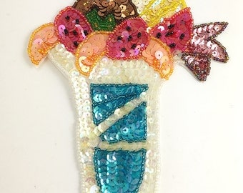 "Sale! Ice Cream Sundae Appliqué, Sequin Beaded, 8.25"" x 5.25""   -JJ864-B013-0118"