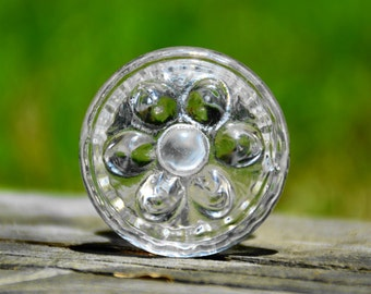 Cabinet knob/glass knob/door handle/flower/floral/clear/round/unique/neutral/decorative/furniture hardware/bedroom/bathroom/kitchen/antique