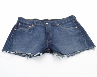 Vintage Levi 501 Faded Blue Denim Shorts W30 21 - www.brickvintage.com