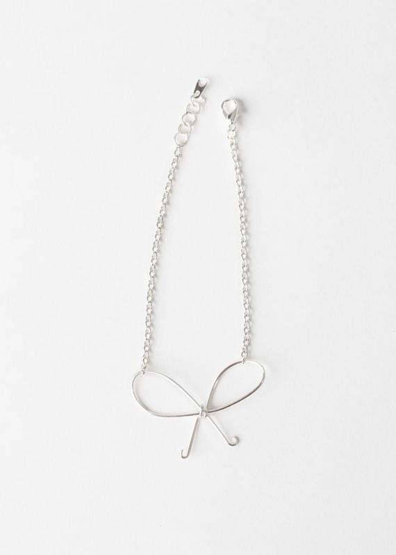 Bow Bracelet - Wire Bow Bracelet - Silver Wire Bow Bracelet - Bow Jewelry - Bridesmaids Jewelry - Bridesmaids Bracelet -Bridal Jewelry