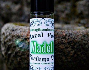 Vegan Perfume - Victorian Boho - Herbal Perfume Oil - Mossy Perfume Oil -Edwardian Perfume Oil - Fresh Perfume - Light Perfume Oil
