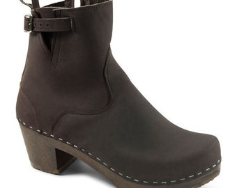 Leather Boots for Women / Black Leather Clogs / Ankle Boots /
